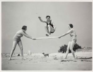 Portrait-Photo-Exercising-on-the-Beach